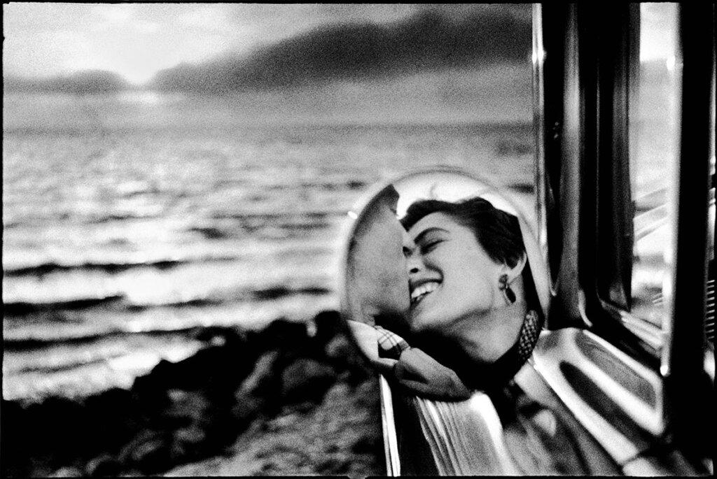 1955 CALIFORNIA, United States -- 1955. Image envoyé à Ludovica Pallegatta (Transaction : 632780884291875000) © Elliott Erwitt / Magnum Photos