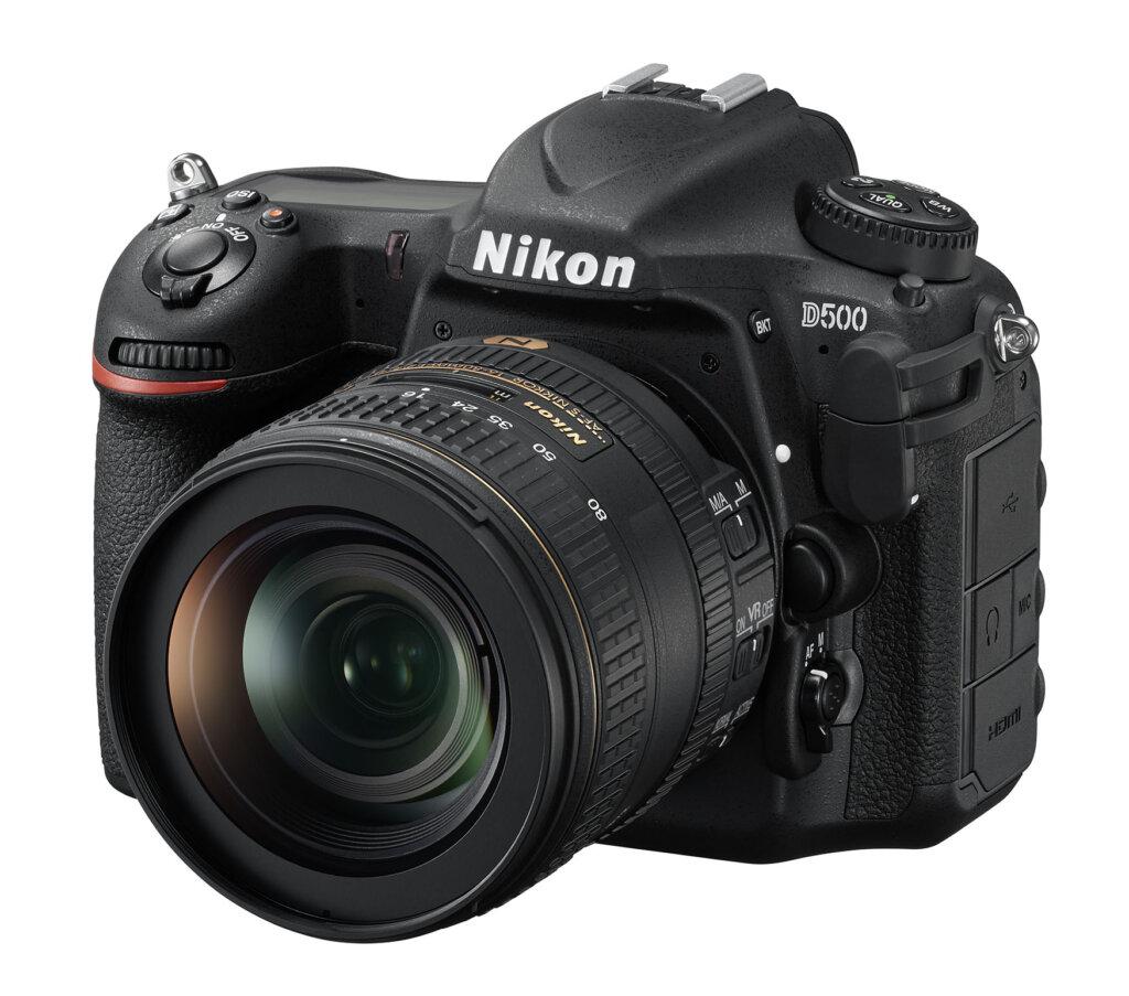 Nikon D500_16_80E_front34l
