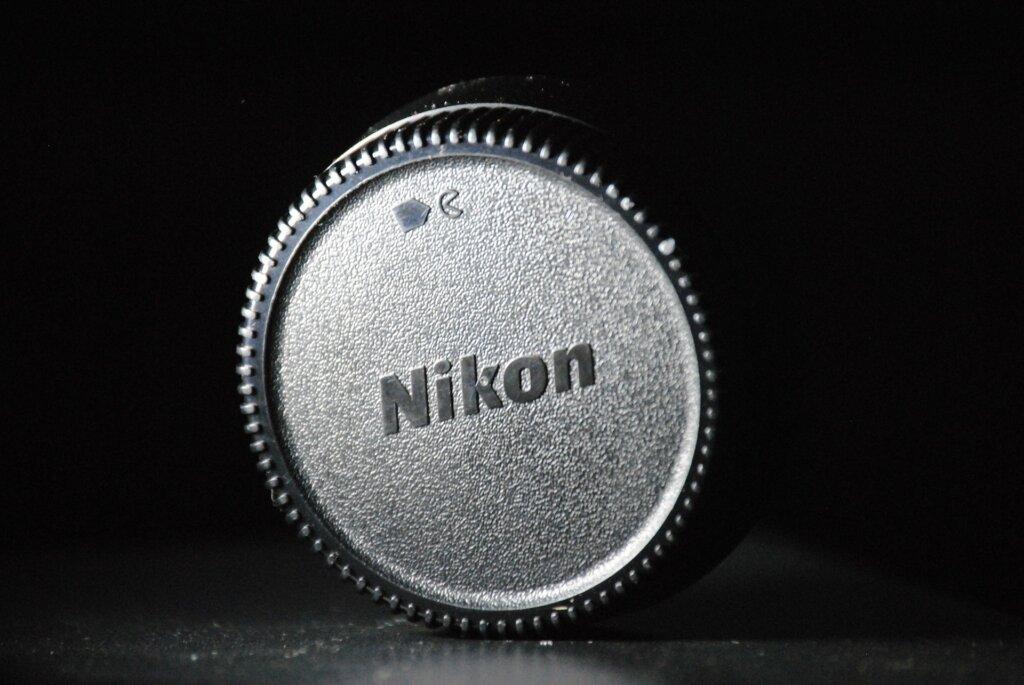 nikon-325158_1920