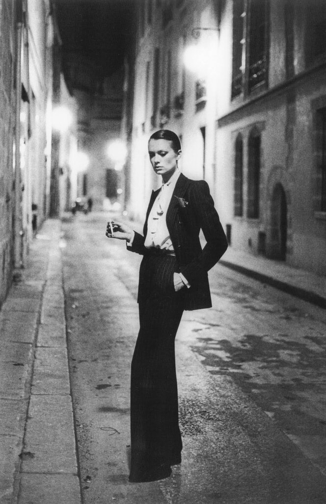 "Yves Saint Laurent ""Le Smoking"", 1975 © Helmut Newton"