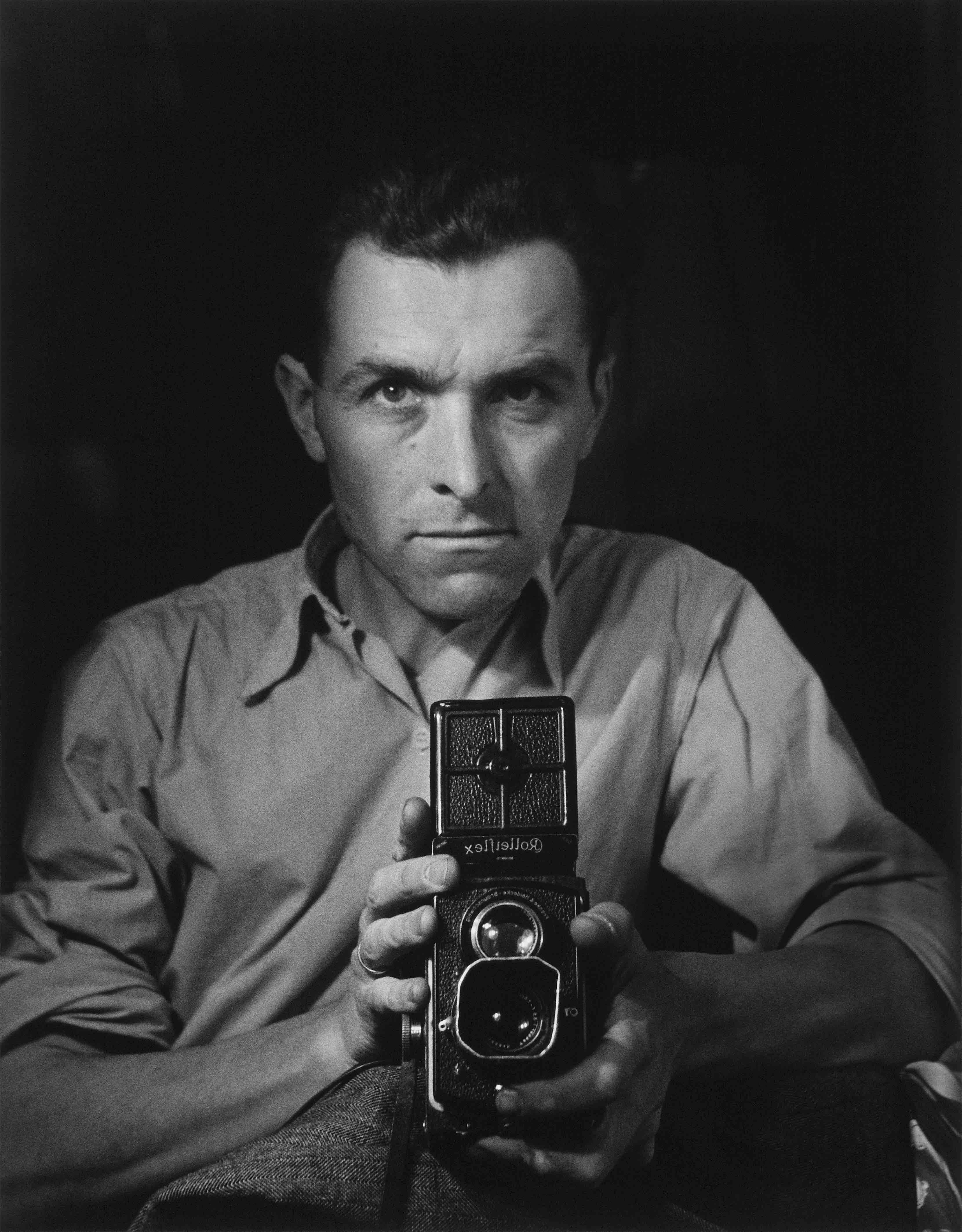 Autoportrait au Rolleiflex, 1947