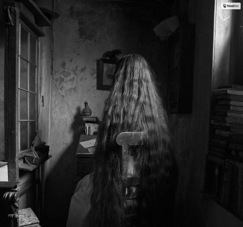 Chamber of Solitude, 2017 © Tereza Zelenkova