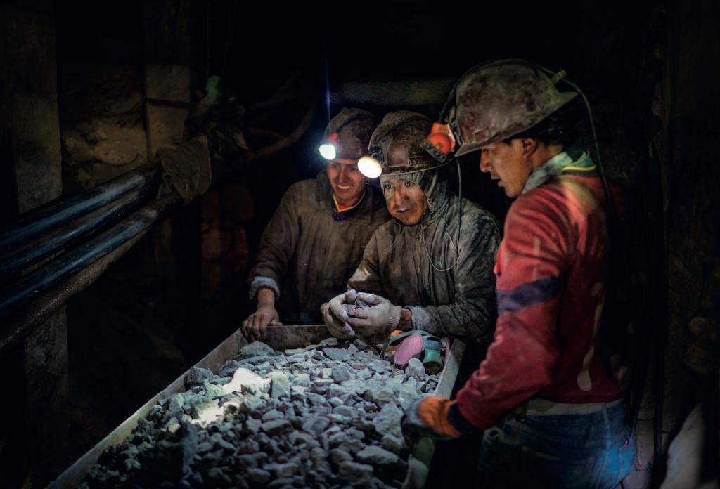 Espressione dei giovani minatori.