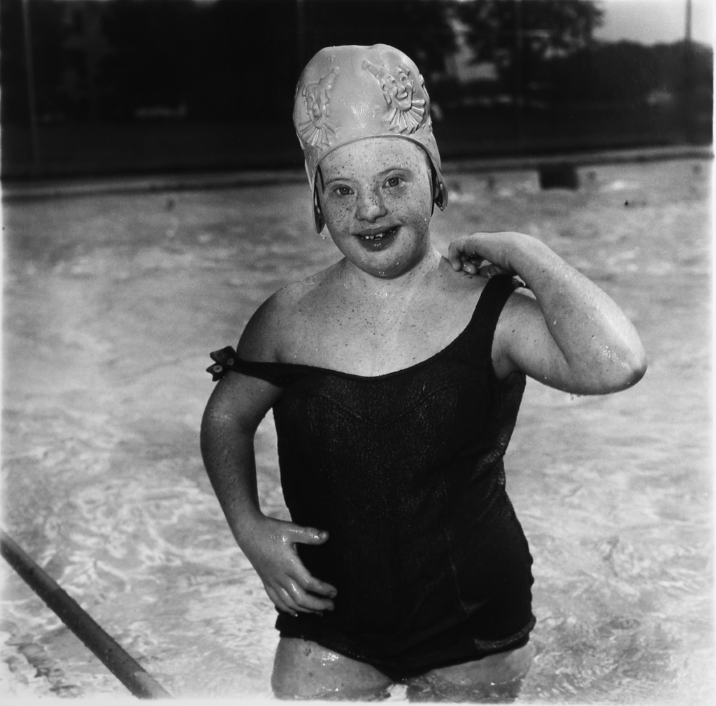 Girl in a Swimming Cap Diane Arbus, 1970