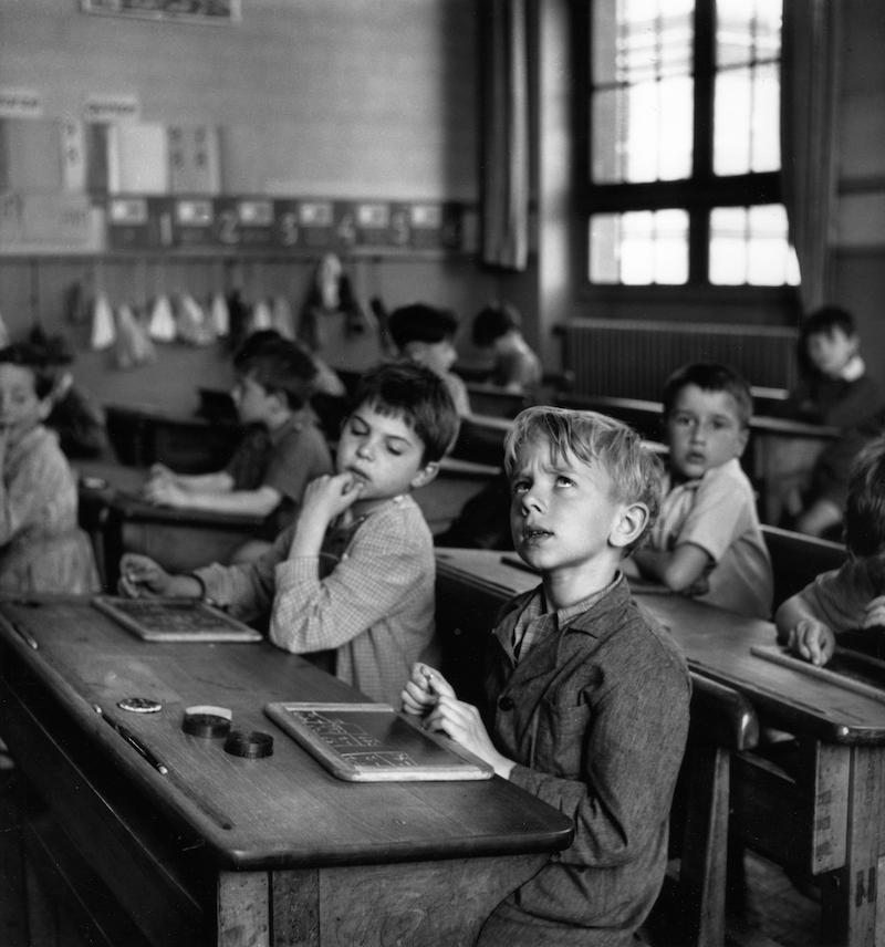 L'information scolaire, Paris 1956 © Atelier Robert Doisneau