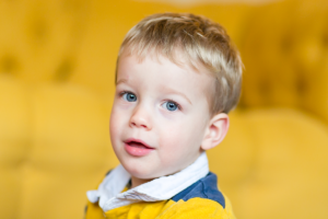 Primo Piano bambino - lasciamo il flash in borsa