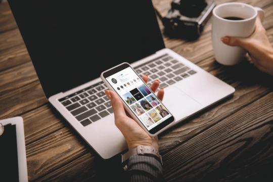 Computer e Instagram