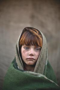 LAIBA HAZRAT, ISLAMABAD, PAKISTAN. Laiba Hazrat, una rifugiata di 6 anni, vive con la sua famiglia in uno slum alla periferia di Islamabad, in Pakistan.