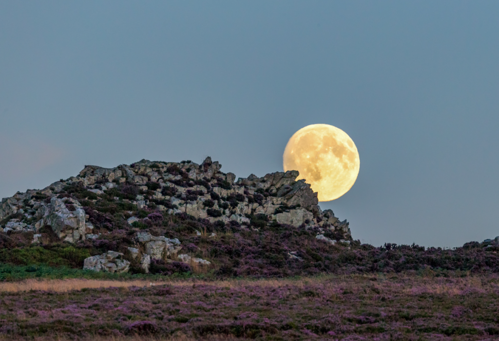 The moonrise over Devil s Chair Stiperstones Shropshire UK © Andrew Peter